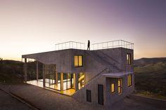 Material Focus: Cerrado House by Vazio S/A