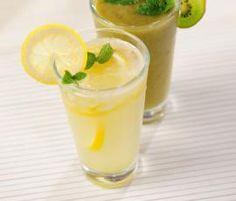 Recept Citrónová limonáda od Vorwerk vývoj receptů - Recept z kategorie Nápoje Kitchen Machine, Thumbnail Image, Smoothies, Panna Cotta, Pudding, Fruit, Drinks, Ethnic Recipes, Desserts