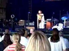 Eddie Vedder Goes Off on Violent Fan - LA Sports Arena 11/23/13 - YouTube