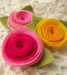 graduated color felt flowers