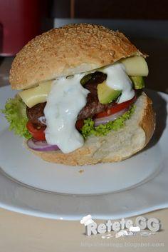 Cheeseburger de strut cu avocado #buzzgourmetdestrut #buzzstore #gourmetdestrut
