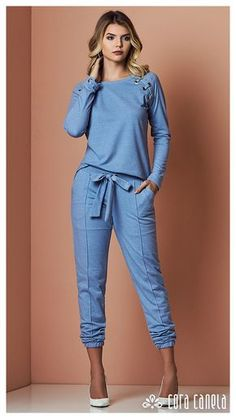 Swans Style is the top online fashion store for women. Shop sexy club dresses, jeans, shoes, bodysuits, skirts and more. Chic Outfits, Trendy Outfits, Casual Chic, Casual Wear, Fashion Pants, Fashion Dresses, Vetement Fashion, Schneider, Denim Outfit
