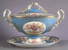 "Lot: 0708: Monumental ""Sevres"" Porcelain Tureen, Lot Number: 0708, Starting Bid: $700, Auctioneer: Neal Auction Company, Auction: Neal Auction Spring Estates Auction- SESSION ONE, Date: April 16th, 2005 CST"