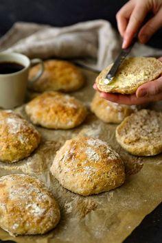 Savory Pastry, Tasty, Yummy Food, Bread Rolls, Daily Bread, Pretzel Bites, Bakery, Brunch, Healthy Recipes