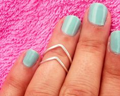 Above the knuckle rings were really popular during the summer and carried on into fall. It shows the move from big gaudy rings to a more minimalistic approach on accessories. They can add an extra touch to an outfit without looking overdone. Nashelle G.