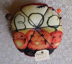 Primitive Halloween Pin Keep Black Cat Pin by auntiemeowsprims
