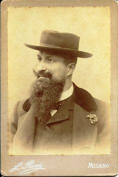 Robecchi Brichetti, Italian explorer, the first European to cross the Somali peninsula.
