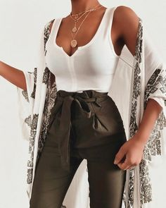 Fashion-Outfits & Style-Ideen für den Sommer-Look – My Fashion Board – – Brenda O. Fashion outfits & style ideas for the summer look – My Fashion Board – # … – … Mode Outfits, Trendy Outfits, Fashion Outfits, Womens Fashion, Fashion Tips, Fashion Trends, Fashion Ideas, Fashion Hacks, Party Outfits