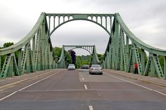 """☺ Glienicker Brücke 