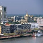 Southern Living's Guide to Savannah: Travel maps and tour information.
