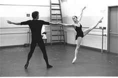 "New York City Ballet rehearsal of ""who cares?"" with Jacques d'Amboise and Patricia McBride, choreography by George Balanchine (New York)"
