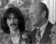 George Harrison (L) meets with President Gerald Ford after acceptingthe invitation of the Presidents son Jack to attend lunch at the WhiteHouse., 1974