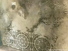 Mandala Fusion Tile Stencil Jaw-Dropping Wall Plaster Finishes with Large Wall Stencils & NovaColor – royaldesignstudio… Faux Walls, Plaster Walls, Textured Walls, Faux Painting, Stencil Painting, Texture Painting, Stencil Walls, Wall Stenciling, Large Wall Stencil