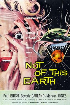 Best Film Posters : – Picture : – Description This Auction Of Vintage Science Fiction Movie Posters Is A Pulp Goldmine -Read More – Horror Movie Posters, Old Movie Posters, Classic Movie Posters, Classic Horror Movies, Cinema Posters, Movie Poster Art, Retro Horror, Sci Fi Horror, Vintage Horror
