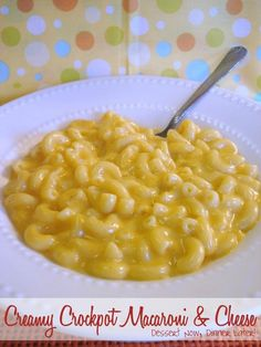 Dessert Now, Dinner Later!: Creamy Crockpot Macaroni & Cheese--my comfort food Crockpot Dishes, Crock Pot Slow Cooker, Crock Pot Cooking, Slow Cooker Recipes, Cooking Recipes, Food Blogs, Pasta Dishes, Food Dishes, Side Dishes