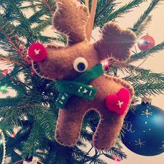 Reindeer Rudolph ❤️😆 🎄🎄🎄🎄🎄 . . . #feltchristmasornaments #feltreindeer #christmastreeornament #creativemamas #filcoweozdoby #renifer #kreatywnamama #craftymama