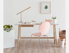 Structube is a specialty retailer of contemporary and modern home furniture and accessories, offering exclusive designs at affordable prices. Modern Home Furniture, Home Office Furniture, White Furniture, Bentwood Chairs, Dining Chairs, Desk Chairs, Natural Table Lamps, Eiffel Chair, Ideas