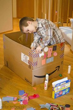 4 Tips for Extreme Box Decorating - Busy Toddler Toddler Learning Activities, Preschool Games, Indoor Activities, Infant Activities, Craft Activities, Preschool Crafts, Diy Crafts For Kids, Outdoor Games For Preschoolers, Preschool Painting