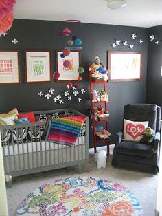 Dormitorio gris bebé