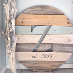 Customized 25 inch monogram pallet sign by avaberrylane.com