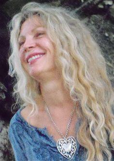 Lola Jones creator of Divine Openings