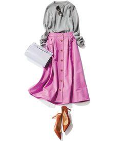 【Demi-Luxe BEAMS × BAILA連載vol.1】「いつもの服にトレンドをひとつだけ」。連載第1回目はシンプルリブニットに何を足す?をテーマにおすすめアイテムをご紹介。 Q シンプルリブニットに何を足す?A 華やかスカート 【choiceA】ラベンダーカラーのボタン・・・