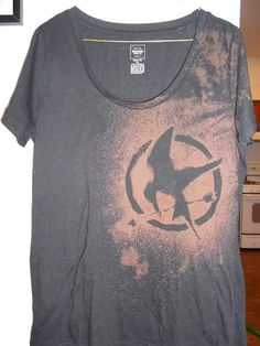 DIY Bleach Design T-Shirt but with divergent reference!<<<<< OMG THAT IS HUNGER GAMES NOT DIVERGWNT HOW STUPID ARE THESE PEOPLE