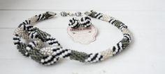 Twist of tweed - corchet beading necklace www.colectiademargele.ro Tweed, Beading, Crochet, Collection, Necklaces, O Beads, Crochet Crop Top, Chrochet, Beads