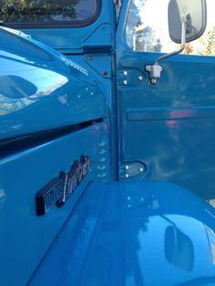 1976-FJ40-Toyota-Land-Cruiser-4×4-frame-off-restoration-blue-c | Land Cruiser Of The Day!