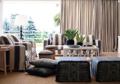 desire to inspire - those ottomans resemble a set of brown chairs I recently saw and drooled over in a magazine, I believe Elle Decor? Timber Flooring, Classic Interior, Lounge Areas, Beach House Decor, Elle Decor, Home Living Room, Outdoor Furniture Sets, Sweet Home, Interior Design