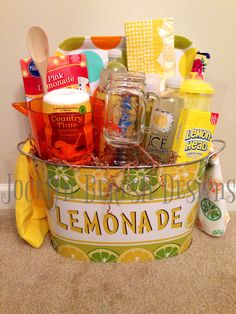 """When life gives you lemons basket .""""Lemonade"""" gift basket by Like us on FB for great great gift, event and design ideas! Easy Gifts, Creative Gifts, Homemade Gifts, Cool Gifts, Unique Gifts, Raffle Baskets, Diy Gift Baskets, Basket Gift, Summer Gift Baskets"""
