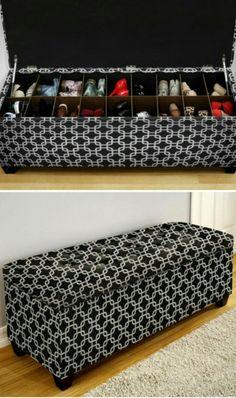Изысканный пуфик с нишей для обуви - удобная и практичная вещь в интерьере прихожей.