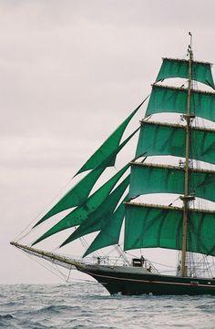 emerald sails??? beautiful! Have you seen http://theclosetcook.com/2013/07/08/emerald-envy/