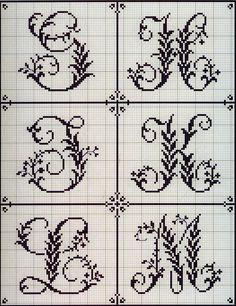 Вышивка крестом: Алфавит из французского альбома XIX века (4)