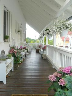 Terrace in Shabby chic style