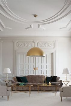 Learn how to easily create the perfect living room for your home with these key principles and ideas from an experienced interior designer. Decoration Inspiration, Interior Design Inspiration, Decor Interior Design, Interior Decorating, Design Ideas, Interior Design Principles, Interior Livingroom, Room Interior, Interior Ideas
