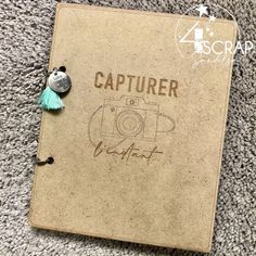 "Sandelsa : #Tampons et #matrices de coupe #dies #4enSCRAP ""#Minialbum Capturer l'instant"" #scrapbooking Mini Albums, Avant Premiere, Tampons, Flocking, Scrapbooking, Handmade, Cutaway, Woodwind Instrument, Hand Made"
