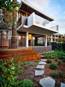 29 Commercial Modern Exterior Photos - Home of Decor Exterior Siding, Exterior Remodel, Flat Roof Design, Sydney, Casa Patio, House Siding, Courtyard House, Facade Architecture, Modern Exterior
