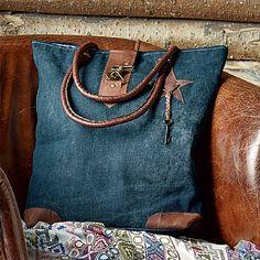 Culture Vulture Santa Fe Trail Bag