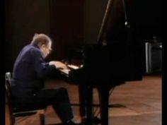 Glenn Gould plays Goldberg ARIA 1982