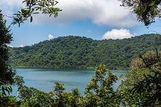 Volcán y Laguna de Ipala. #guatemala #guatemalaphotostock #paisaje #landscape #landscapephotography #instagood #instatweet #instadaily #instagrammersgt #instatravel #instanature #nature #naturaleza #naturegram #travelphotography #adventure #viajexguatemala