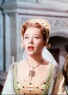 Mary Tudor (Glynis Johns) in the Sword and the Rose Movie Theater, Movie Tv, Glynis Johns, Mary Tudor, Kingdom Of Heaven, Red Queen, Movie Costumes, Period Dramas, Live Action