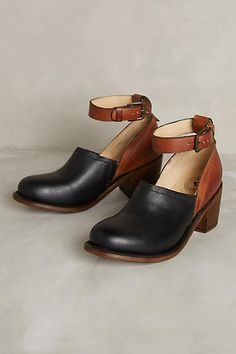 Gee Wawa Wannsee Clogs - anthropologie.com