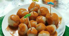 Resep Cilok Kenyal Lembut favorit. Camilan favorit nih, sy pakai resep teh ricke. Rasanya kenyal lembuuuutt, nagih deh pokoknya! Ini saya buatnya pakai isian telur puyuh & sosis, jadinya gak cuma makan cilok kosong  Wajib coba nih moms