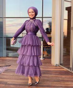 💜💜💜 by and Hijabista Abaya Fashion, Muslim Fashion, Modest Fashion, Fashion Dresses, Abaya Style, Eid Outfits, Dress Outfits, Simple Dresses, Elegant Dresses