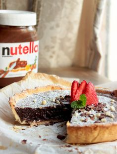 Nutella Tart inspired by Pierre Herme easy and quick recipe made with homemade vegan nutella - thepetitecook.com