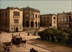 Historiske bilder: Oslo, Ringeriket og Buskerud. Stortinget (bygd på 1860-tallet).