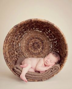 Newborn baby pic in a basket