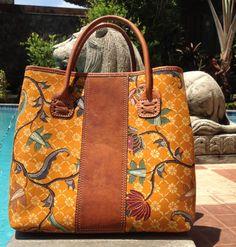 One of our first editions of Arimbi Top Handle Bag    #djokdjabatik