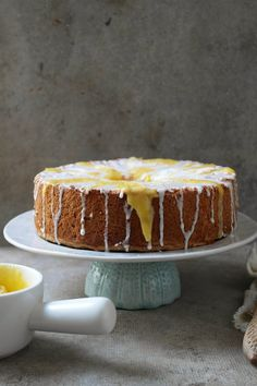 angel food cake wih lemon lime and mango curd